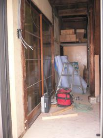 入り口正面(階段)
