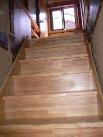 階段(2階にかけて)